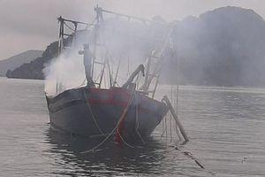 Quảng Ninh: 3 người bị bỏng do nổ khí ga trên tàu