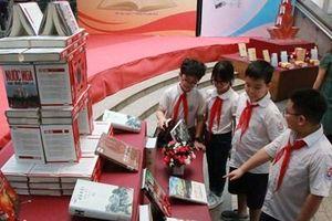 Nhiều hoạt động hấp dẫn trong Ngày sách và văn hóa đọc tại Thư viện Hà Nội