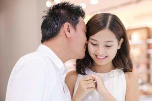 Khánh Hiền từng không muốn cưới đạo diễn James Ngô