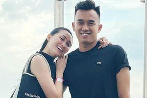 Top 6 Hoa khôi áo dài được thủ môn Phạm Văn Tiến cầu hôn