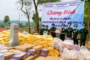 Bộ đội biên phòng Việt Nam chúc tết Tết cổ truyền Bunpimay Nhân dân các dân tộc Lào