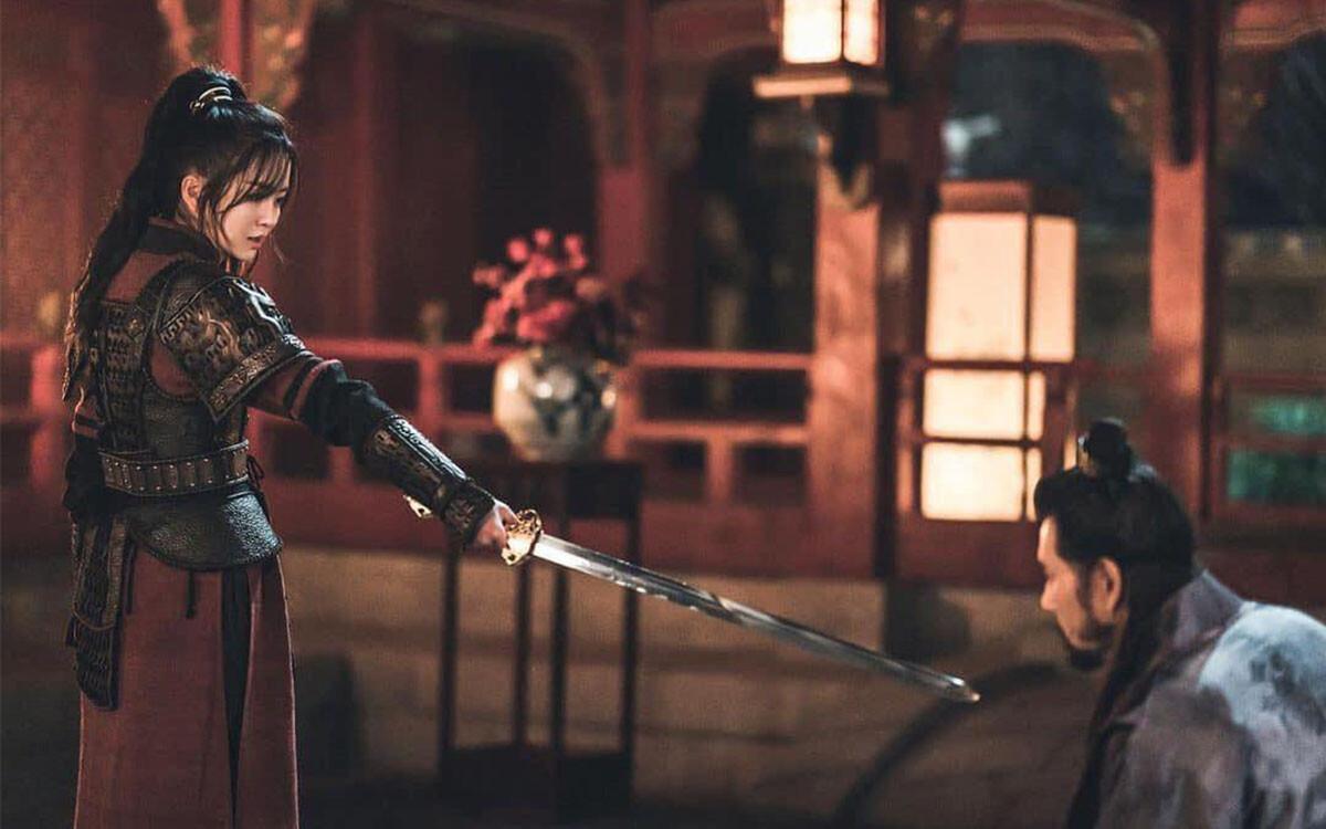 'Sông đón trăng lên': Kim So Hyun trả thù cho tiên hậu, tướng quân Ji Hoon lưu vong về Silla chờ báo thù