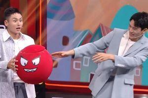 Cung Tuấn và Trương Triết Hạn tiếp tục 'tình bể bình' trong 'Vương bài đối vương bài'