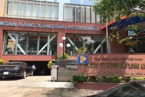 Long An: Bắt giám đốc chi nhánh Petrolimex liên quan đến xăng giả