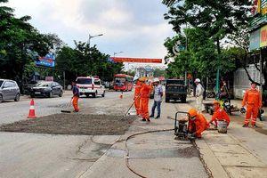 Sửa chữa đoạn đường từ Bệnh viện Đa khoa Yên Bình đến ngã ba Nam Tiến