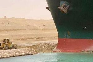Kênh đào Suez và những ẩn dụ lịch sử