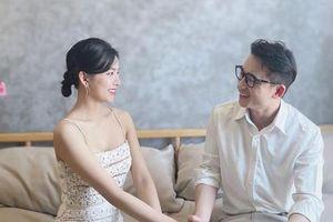 Phan Mạnh Quỳnh hóa 'soái ca' trong lễ cưới, nhưng nhan sắc cô dâu mới là tâm điểm