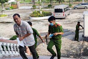 Vụ công ty lương thực Hậu Giang: Hoãn xử vì bị cáo nhập viện