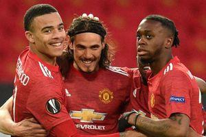 Cavani giúp Man Utd vào bán kết Europa League
