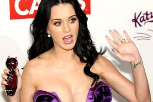Katy Perry: 'Mạng xã hội là sự suy tàn của văn minh nhân loại'