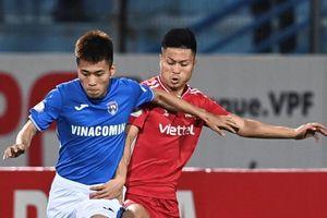 HLV Việt Hoàng trách hàng thủ đội Viettel
