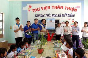 Trao tặng hơn 3.500 cuốn sách cho học sinh vùng khó Gia Lai