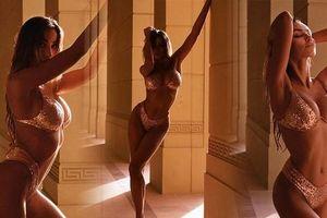 Người đàn bà Romania đẹp 'khuynh thành' phô đường cong tuyệt mỹ với bikini