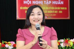 Vũ Quang bồi dưỡng kỹ năng ứng cử cho 320 ứng viên