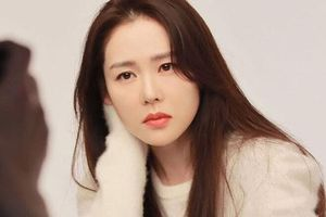 Đối đầu với Song Hye Kyo, Son Ye Jin đóng phim '30 chưa phải là hết' phiên bản Hàn, sẽ vào vai của Giang Sơ Ảnh?