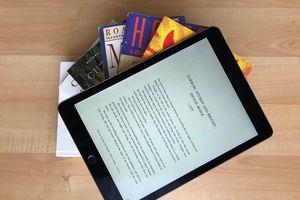 Bảo vệ bản quyền sách điện tử: Khó trông chờ ý thức của độc giả