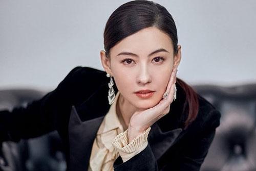 Vừa khoe khối bất động sản hơn 700 tỷ đồng, Trương Bá Chi tiếp tục bỏ túi gần 200 tỷ đồng chỉ nhờ tham gia game show trong vài tháng
