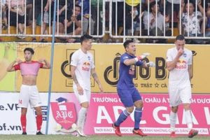 HAGL bất ngờ để lộ điểm yếu 'chết người' trước trận đại chiến với Hà Nội FC