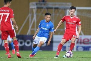 Viettel đánh bại Than Quảng Ninh trong trận đấu ba lần bóng dội xà ngang