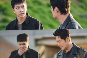 'Mouse' tập 13: Lee Hee Joon gần tìm ra hung thủ thì Lee Seung Gi lặng lẽ theo sau xóa chứng cứ tang vật