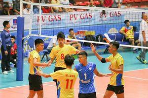 Sanest Khánh Hòa toàn thắng, dẫn đầu bảng xếp hạng
