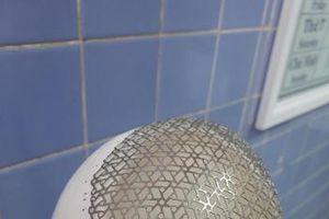 Phẫu thuật ghép khuyết sọ bằng tấm titanium được tạo hình 3D