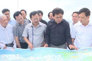 Đoàn công tác Bộ Xây dựng làm việc tại Quảng Ninh