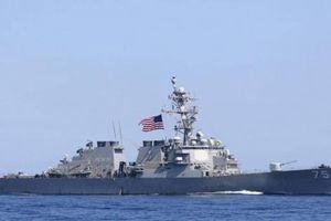 Tàu khu trục Mỹ đang đến Biển Đen bất ngờ chuyển hướng sau cuộc điện đàm của hai nhà lãnh đạo