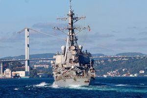 Chuyên gia Nga giải thích lý do tàu khu trục Mỹ phải hủy bỏ việc đi vào Biển Đen