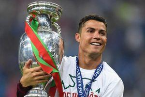 EURO 2021 được phép đón khán giả tới sân