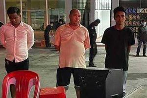 Mở tiệc lúc phong tỏa, tướng Campuchia bị đuổi khỏi ngành