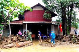 Ban CHQS huyện Văn Bàn (Lào Cai) khắc phục hậu quả lũ ống