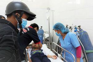 30 học sinh tiểu học ở Hòa Khương cấp cứu vì đồ chơi lạ