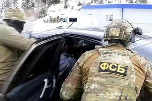Đặc vụ Nga bắt nhà ngoại giao Ukraine giữa căng thẳng leo thang