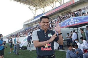 HLV Kiatisuk: 'HAGL chơi đẹp trước Hà Nội'
