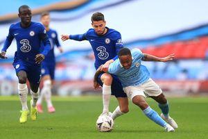 Chelsea 0-0 Man City: Guardiola thót tim (H1)