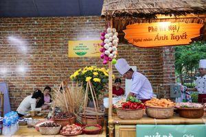 Tới Hồ Gươm thưởng thức văn hóa ẩm thực du lịch Hà Nội dịp cuối tuần