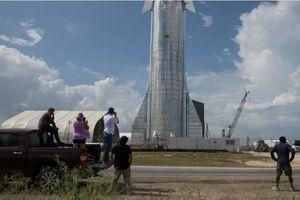 SpaceX thắng thầu hợp đồng gần 3 tỉ USD đưa người Mỹ trở lại Mặt trăng