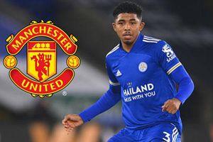 Man United tính 'hốt' luôn cả người thay thế Maguire tại Leicester