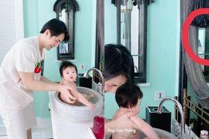 Ông Cao Thắng bị 'bán đứng' khi tuyên bố tắm Winnie lúc Đông Nhi đi vắng, sự thật đâu phải vậy!