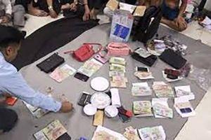 Khởi tố vụ án 35 con bạc chơi xóc đĩa ở Đắk Lắk