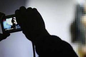 Người phụ nữ dùng clip 'nóng' tống tiền nhân tình