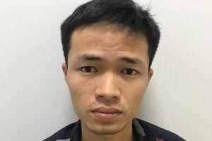 Bắt kẻ kề dao vào cổ nữ sinh cướp tiền sau 12 giờ gây án