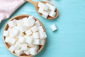 Mối nguy hiểm với cơ thể khi bạn ăn quá nhiều đường