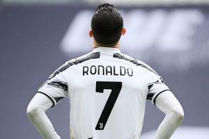Nỗi cô đơn của Ronaldo