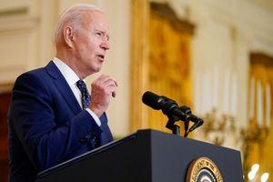 Trong 48 giờ, Tổng thống Mỹ 'nói lại' chính sách tiếp nhận di cư vì bị phản đối