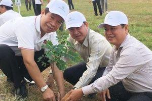 Trồng 5.400 cây xanh kỷ niệm ngày sinh nhật Bác
