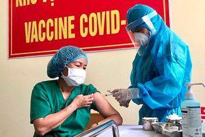 TPHCM: Triển khai tiêm vaccine COVID-19 đợt 2 cho 3 nhóm đối tượng