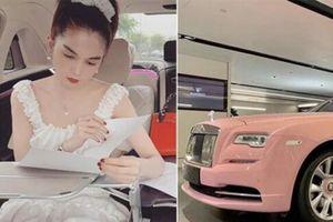 'Nữ hoàng nội y' Ngọc Trinh khoe video Rolls-Royce tiền tỷ màu hồng