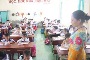 Bồi dưỡng tiêu chuẩn chức danh nghề nghiệp: 'Gỡ khó' cho giáo viên